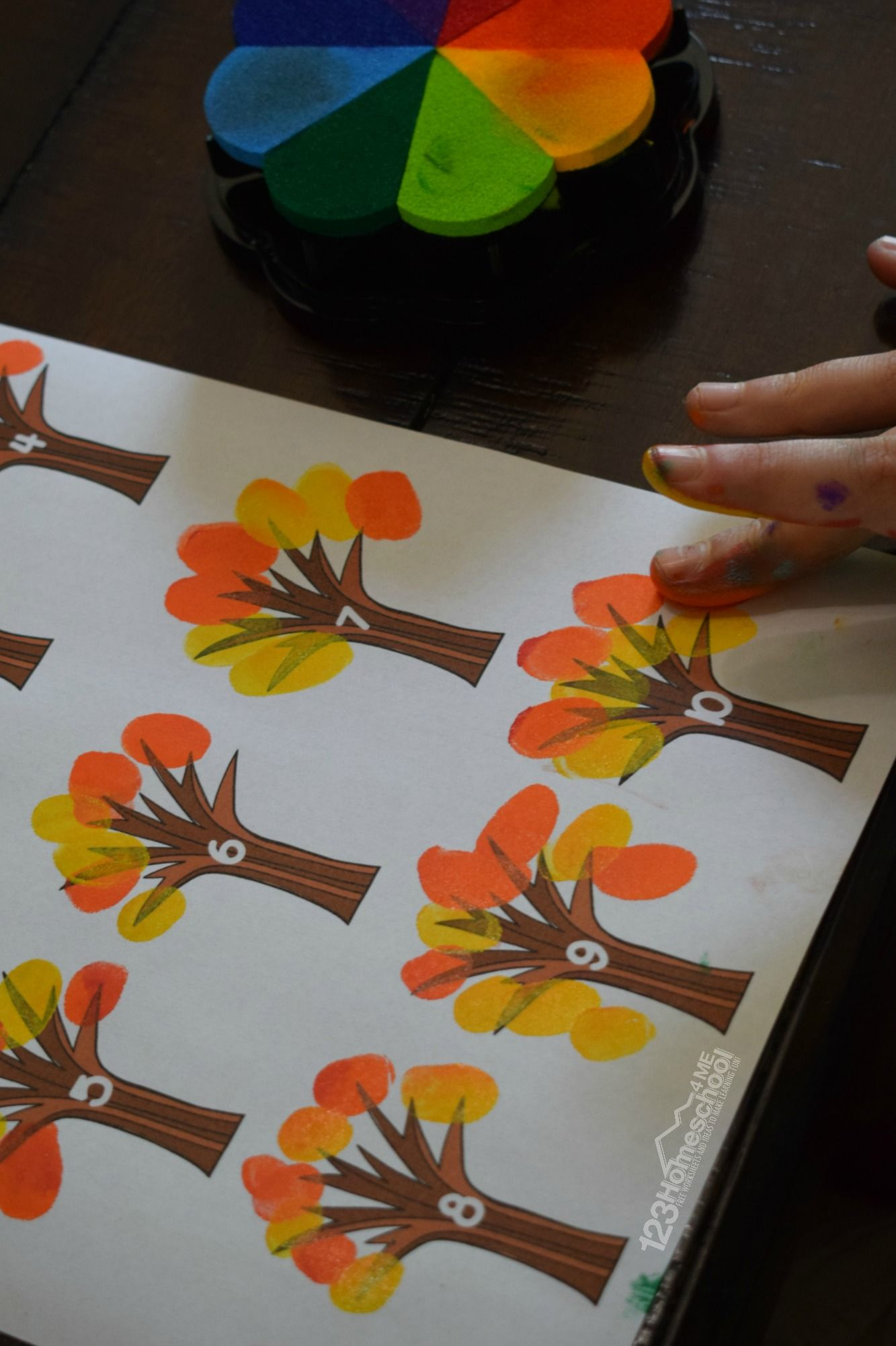 FREE Fingerprint Counting Worksheets #fallactivitiesforkids