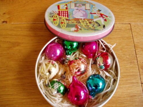 9 Vintage 1950's Christmas Tree Baubles Decorations In Old