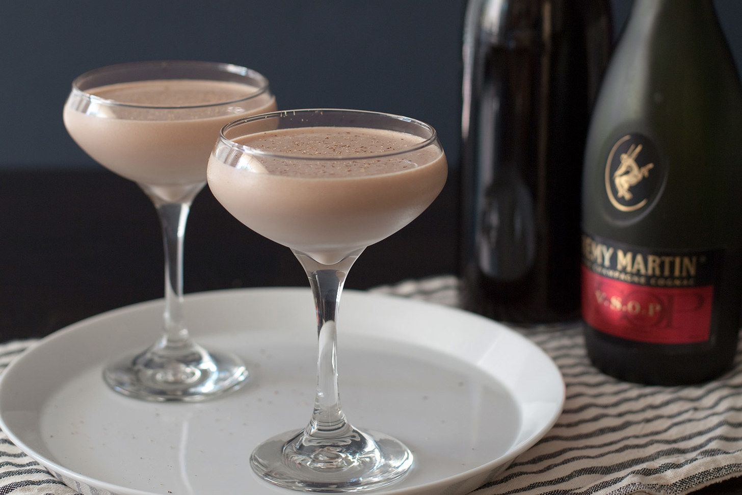 All 77 Official Iba Cocktails Brandy Alexander Iba Cocktails