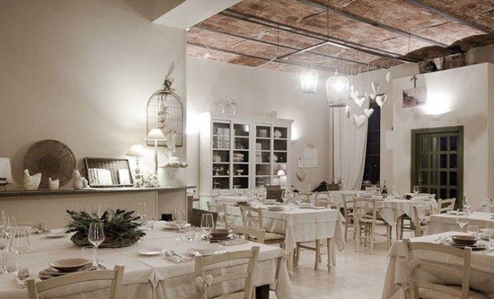 Risultati immagini per arredamento ristorante stile for Arredamento stile provenzale