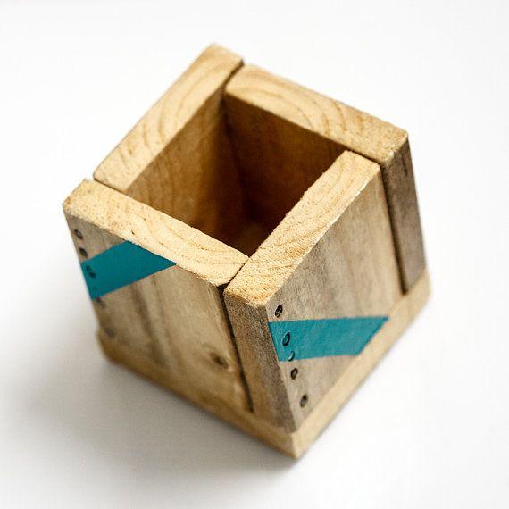 petite bo te de rangement en bois fabriqu e main par artodeco articles en bois boite de