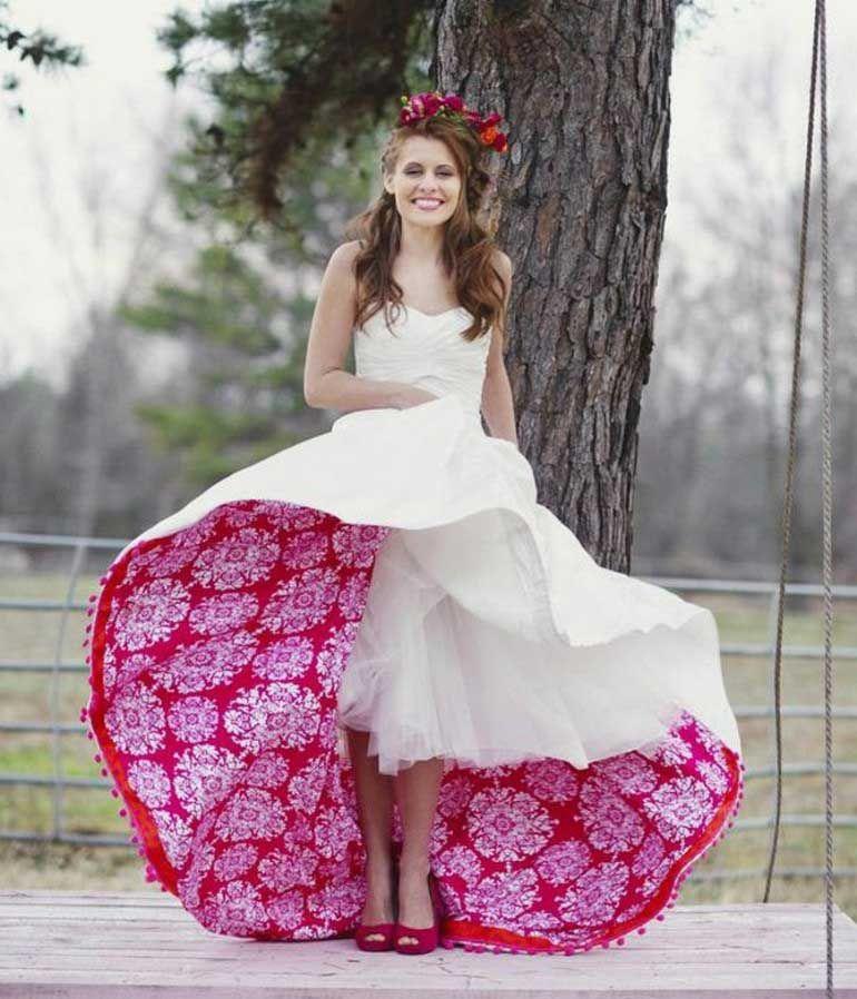 Ausgefallene Brautkleider Originelles Design Weiss Rot Florale Muster