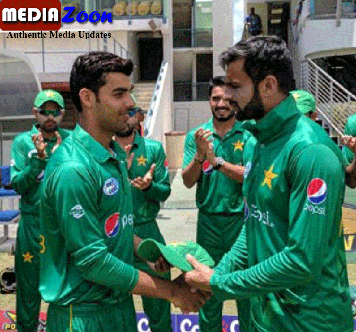 Mediazoon: Shadab said in a twitter to Mrs  Shoaib Malik (Sania