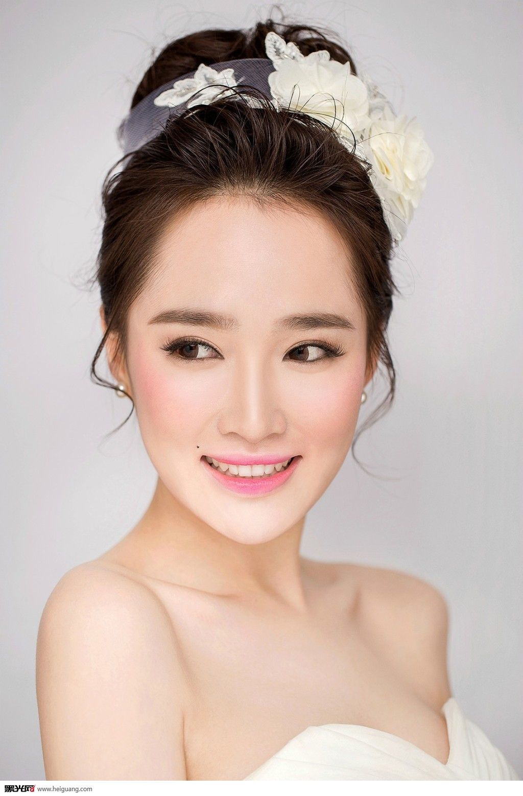 wedding hair styles with veil 新娘妝容 搜尋 like wedding hairstyle or makeup 4409