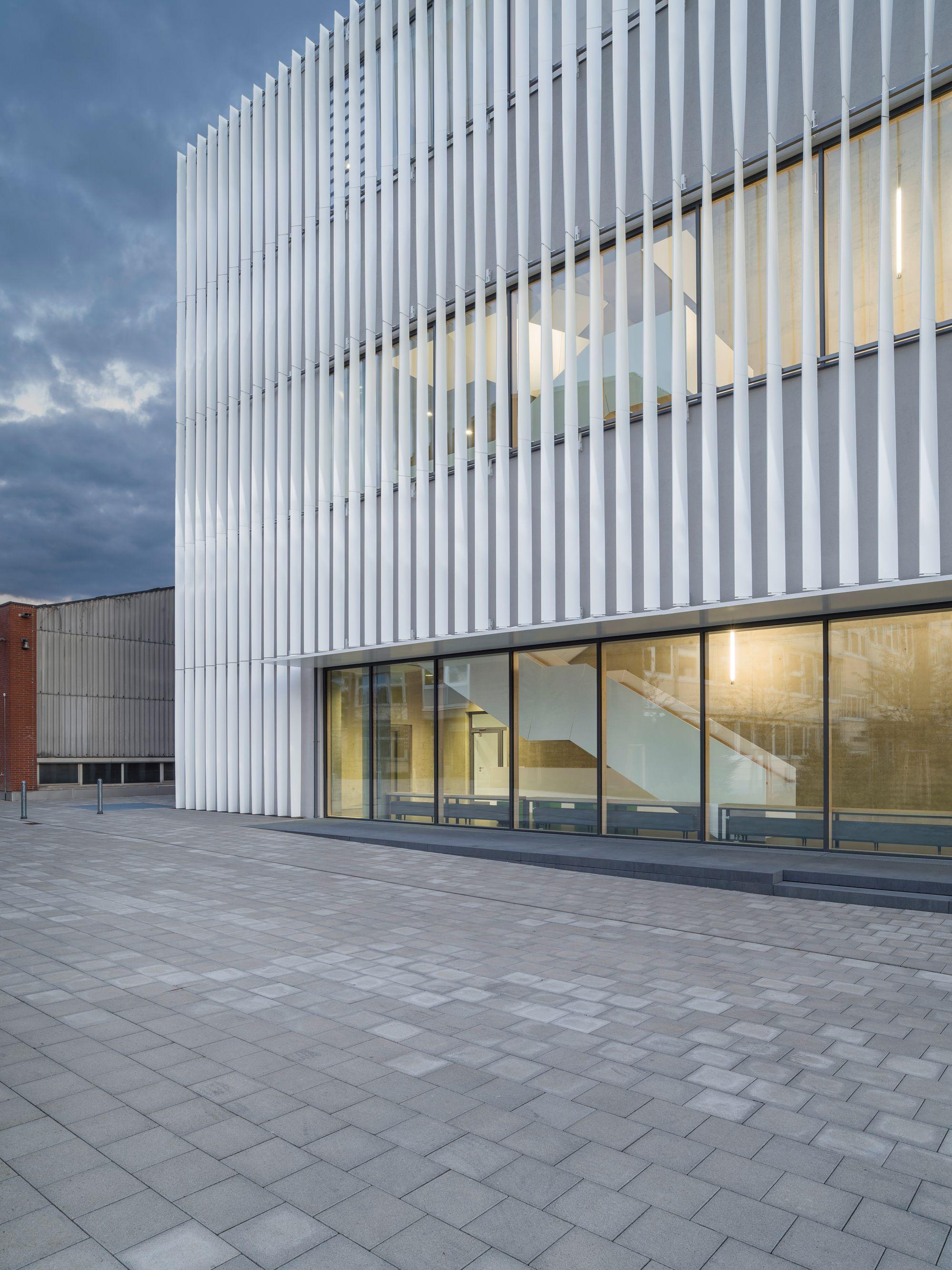 Architekten Ulm wandelbare fassade sporthalle h4a architekten ulm facades