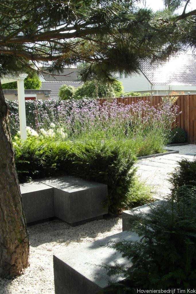 Tuin zitje split grind bankje steen hoekbank for Grind tuin