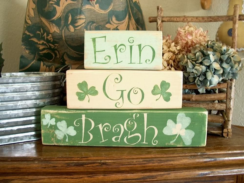 Primitive Sign Shelf Blocks St Patrick's Day Erin Go Bragh Shamrocks Irish