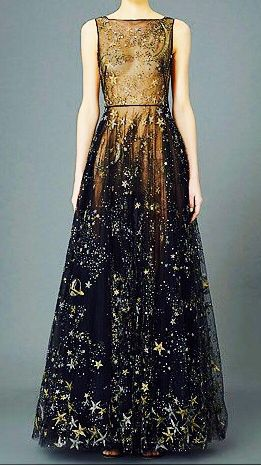 Valentino Pre Fall 2017 I Am Absolutely In Love With This Look Elegant Dresses