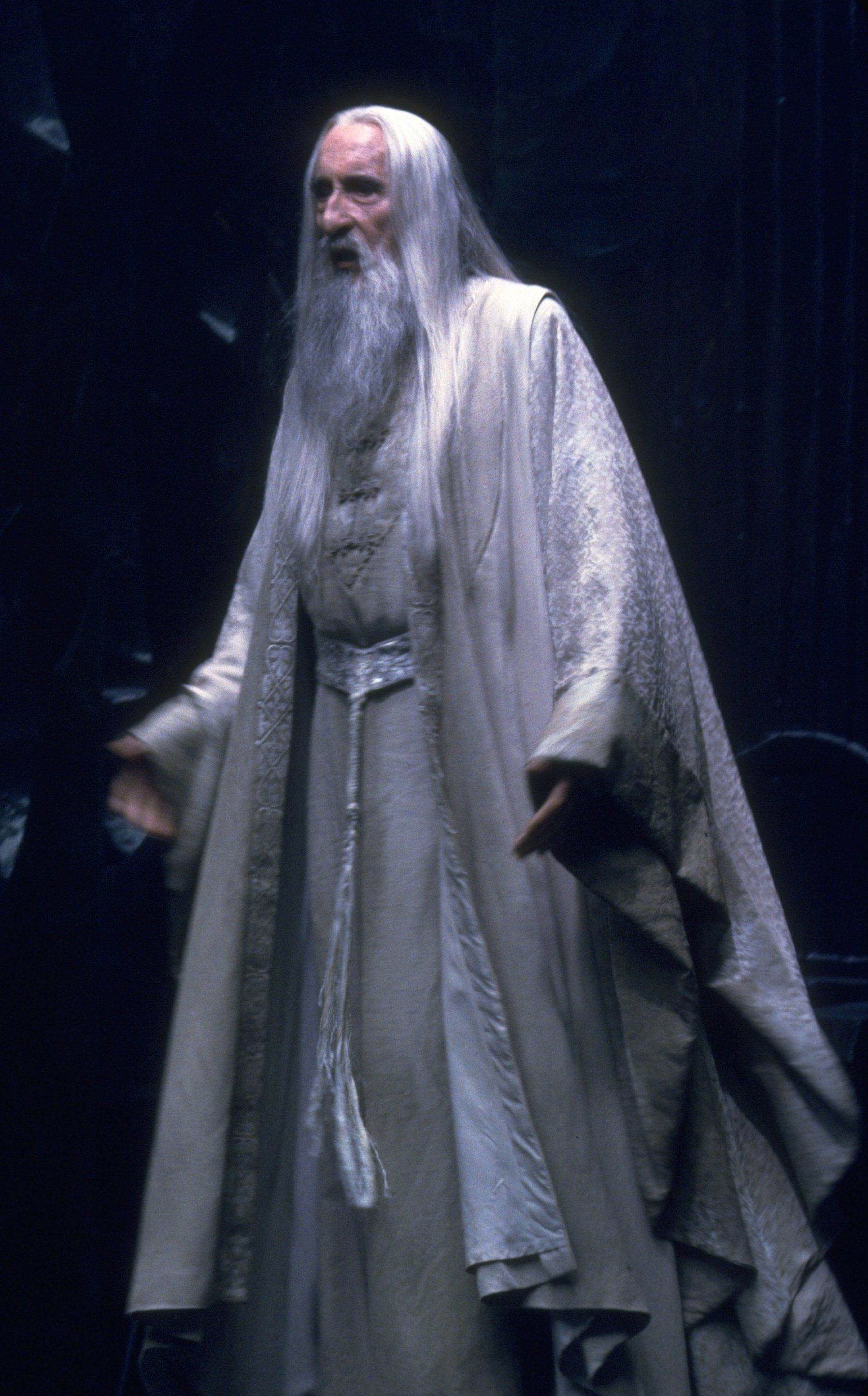 saruman the lord of the rings a journey through middle
