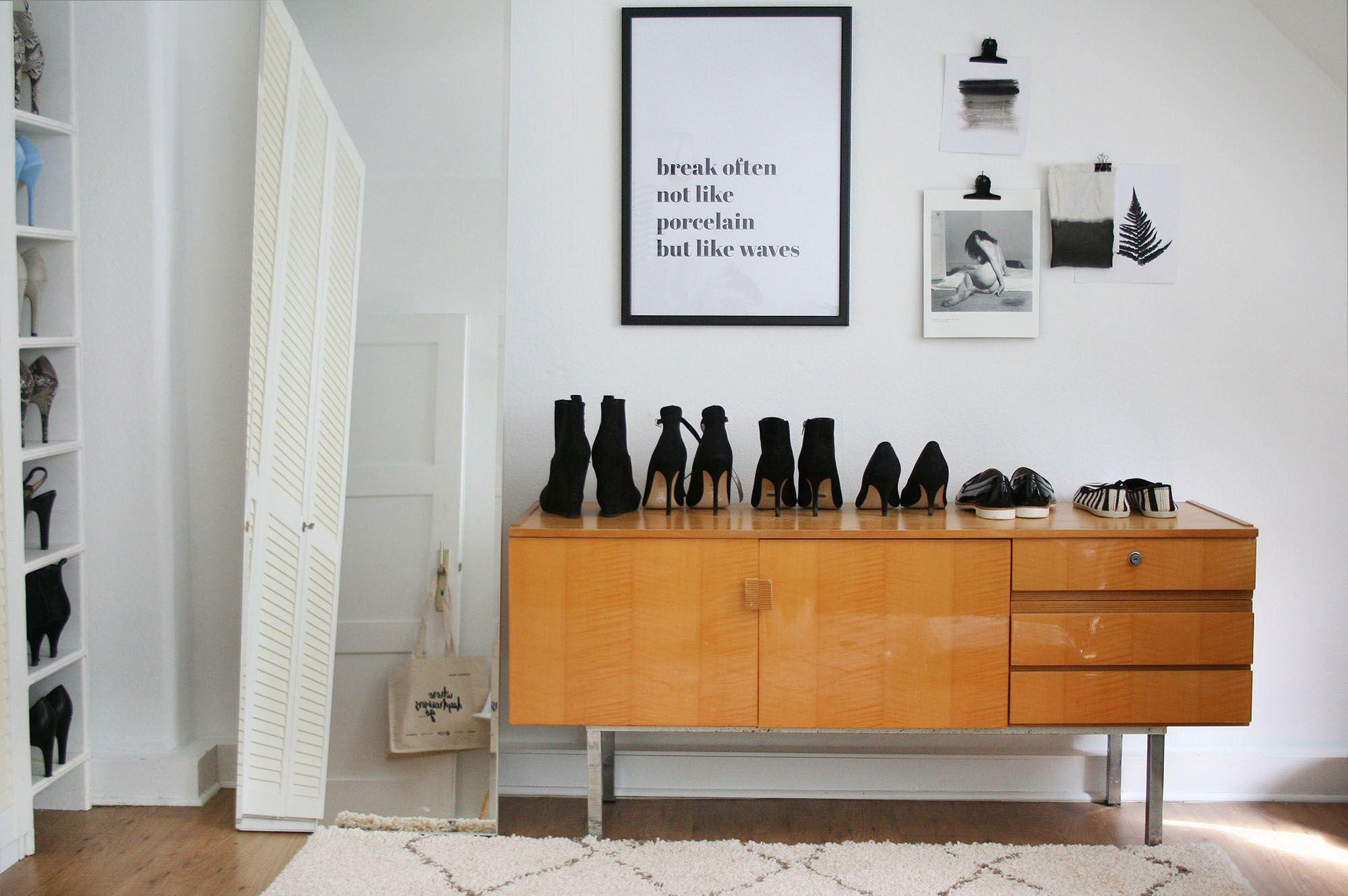 Einzel-schlafzimmer-wohndesign break often not like porcelain but like waves  interior wallart in