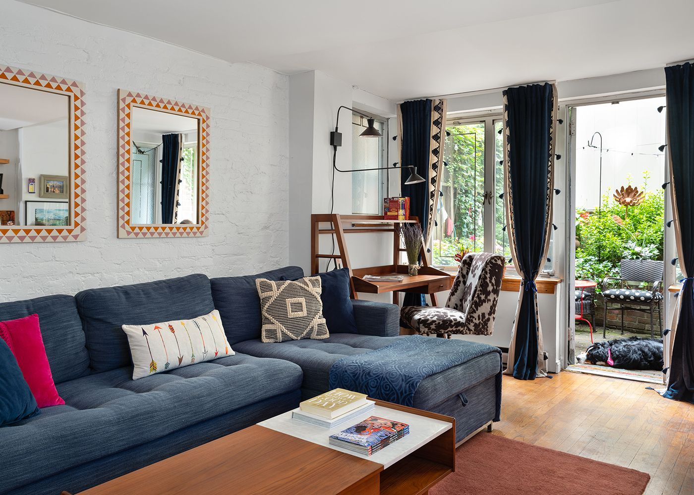 Eclectic Living Room Design Hip Modern Young Living Room Nyc