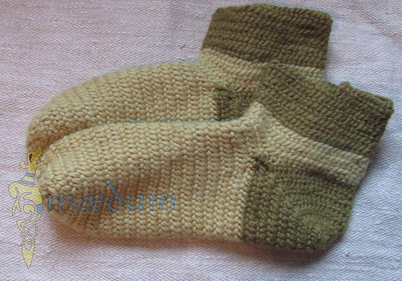nadelgebundene Socken, pflanzengefärbt, Größe 44 von Maedum auf DaWanda.com