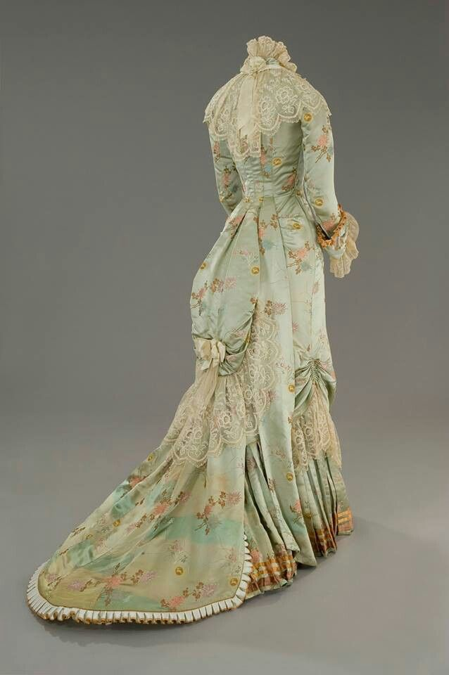 Beautiful antique gown   CIRCA 1800 TO 1900   Pinterest   Gowns ...