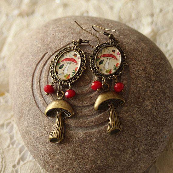 "Illustrated Earrings  ""Mushrooms"" by Minasmoke on Etsy #minasmoke #mushroom ""earrings #autumn"