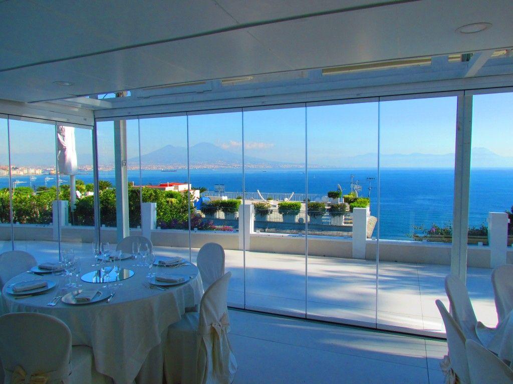 Ville moderne con vetrate perfect una villa in valtellina for Progetti case con vetrate