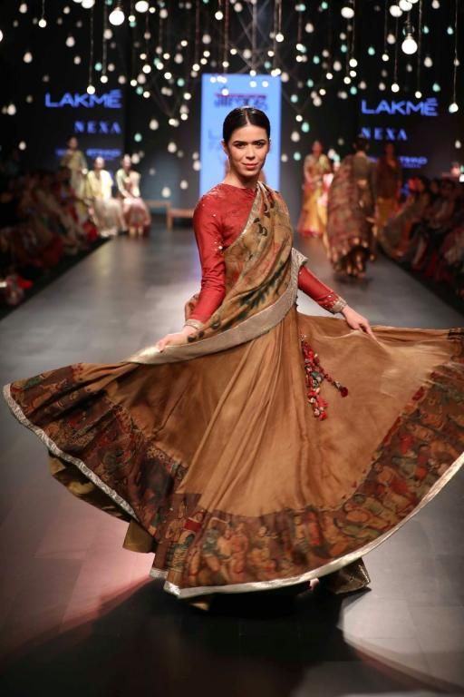 Gaurang Lakme Fashion Week Aw 17 7 In 2019 Lakme Fashion Week Fashion India Fashion Week