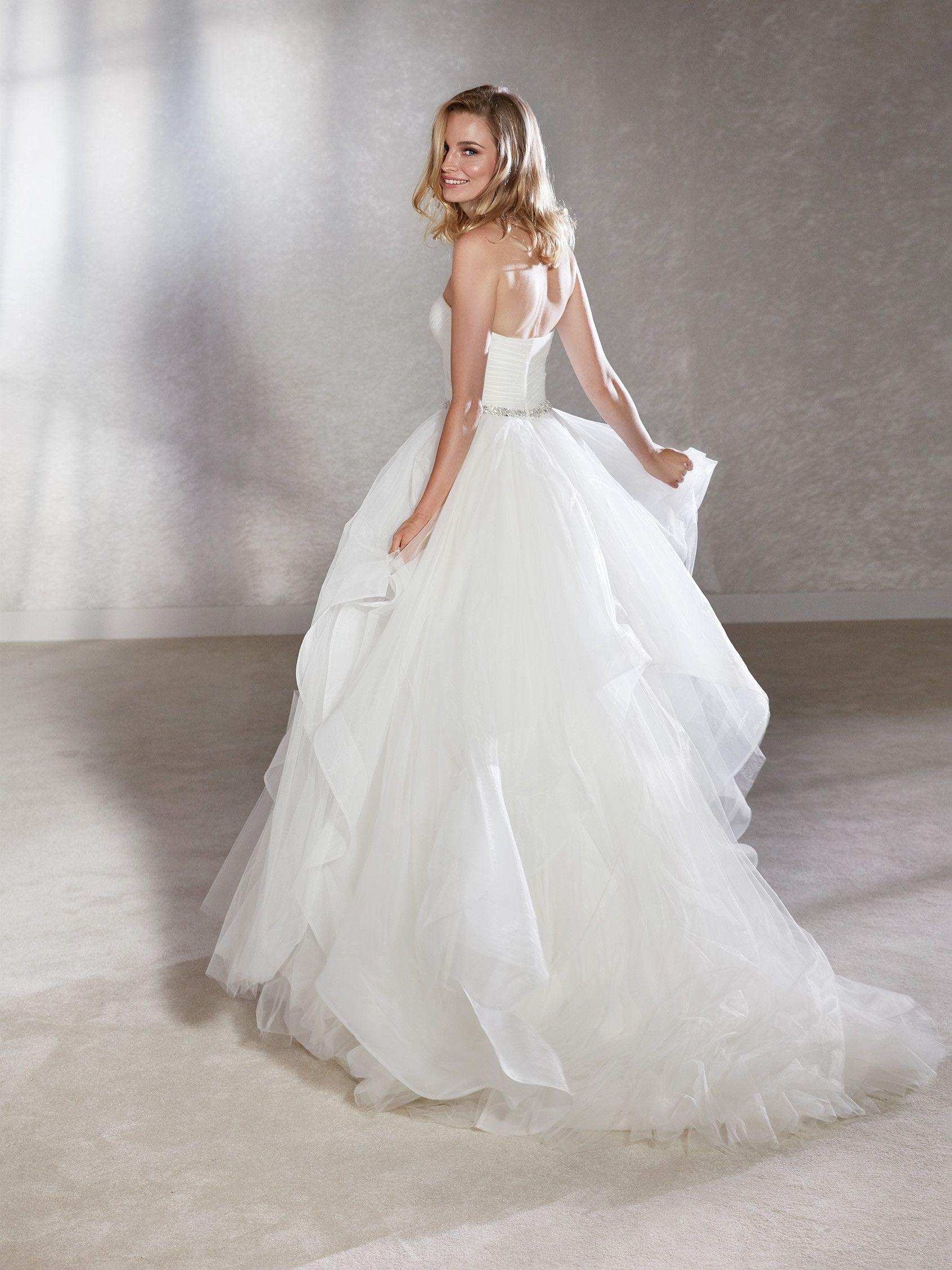 White One: Florida | 2019 Wedding | Pinterest | Bride gowns, Wedding ...