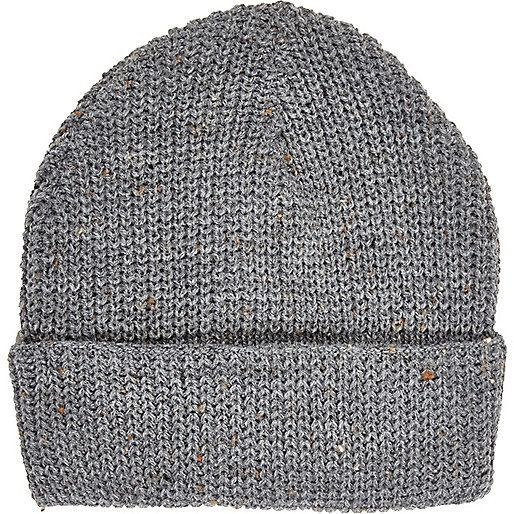 af87f1c38 Pin by Lookastic on Men's Beanies & Hats   Grey beanie, Mens beanie ...
