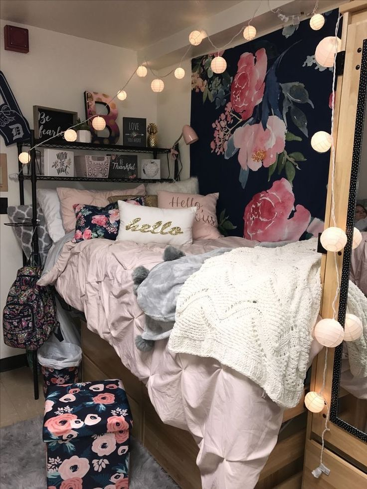 Peachy Cute College Girl Dorm Room Inspiration Floral Roses White Home Interior And Landscaping Ferensignezvosmurscom