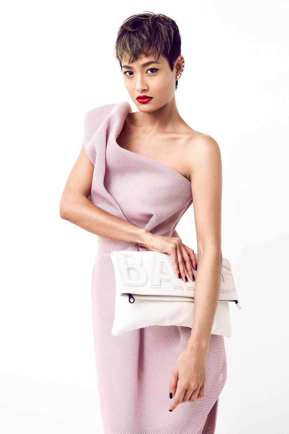 One more shot of Micah's perfect pixie cut. Pastel Editorial | Micah Gianneli- Love the way she rocks this dress!