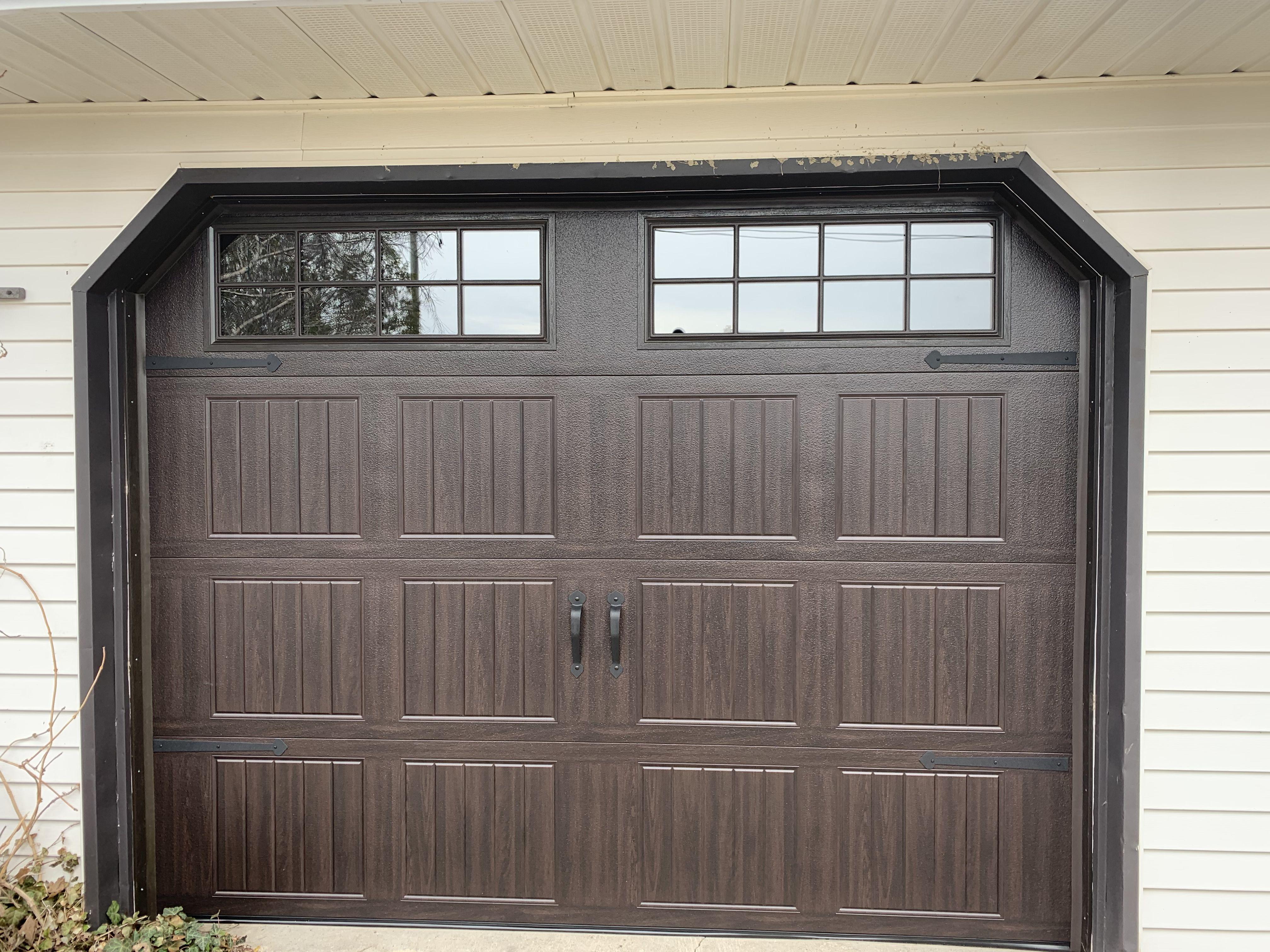 Wayne Dalton Garage Doors In 2020 Garage Doors Carriage House