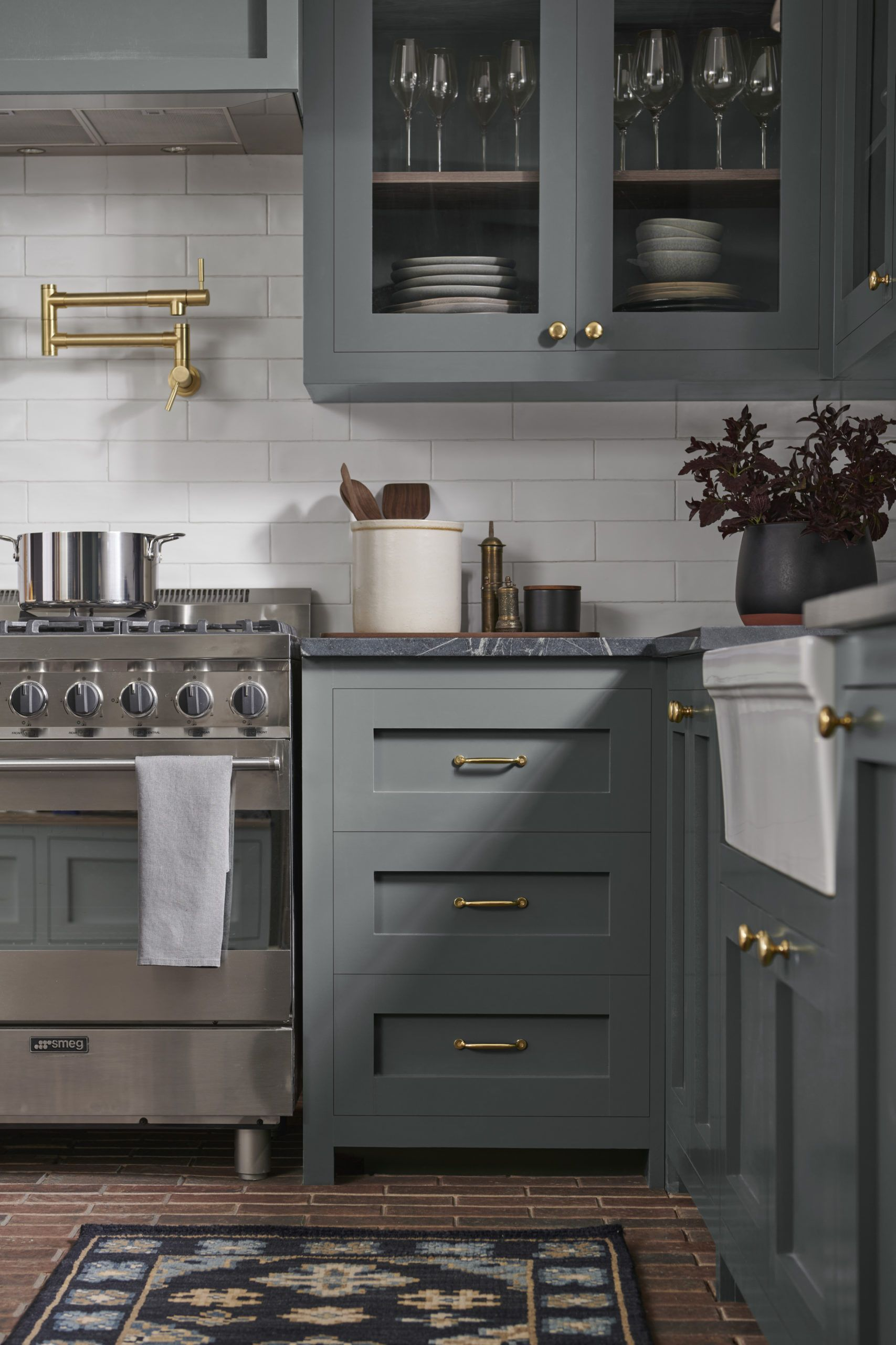 3 Kitchen Trends We Re Loving In 2020 Tinted By Sherwin Williams In 2020 Kitchen Trends Kitchen Remodel Small Kitchen Refresh