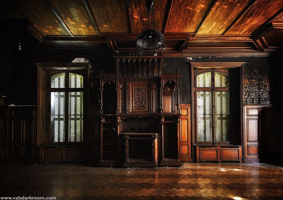 Chateau Lumière [FR] – valsdarkroom