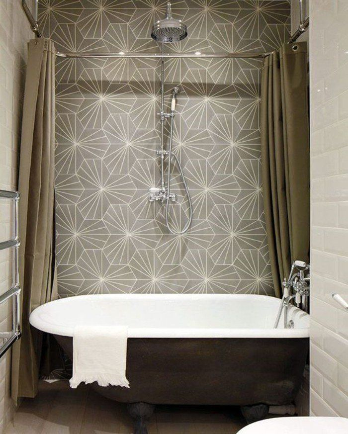 Pin By Christine Francis On Bathrooms With Images Clawfoot Tub