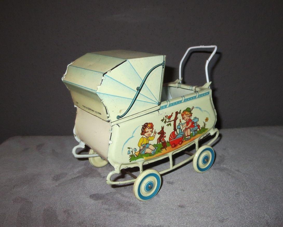 antiker kinderwagen aus blech um 1950 f r puppenstube. Black Bedroom Furniture Sets. Home Design Ideas