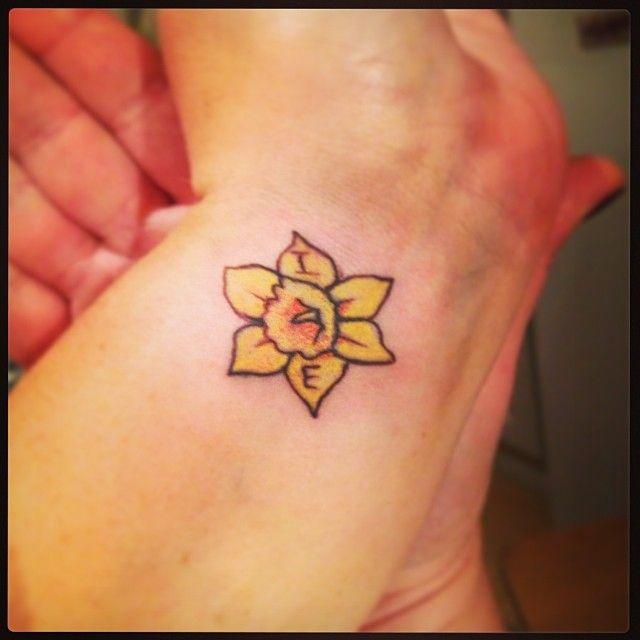 Daffodil Wrist Tattoo Google Search Daffodil Tattoo Tattoos Sunflower Tattoo Simple