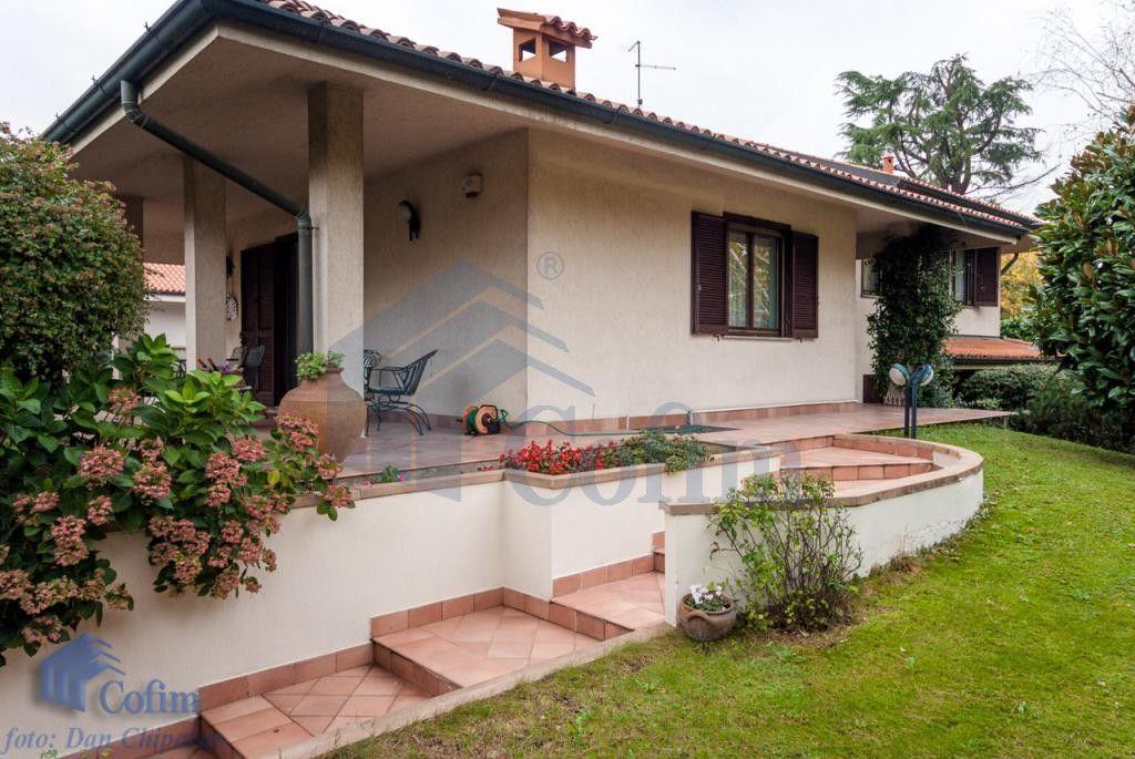 Peschiera Borromeo, villa singola con patio e giardino di ...