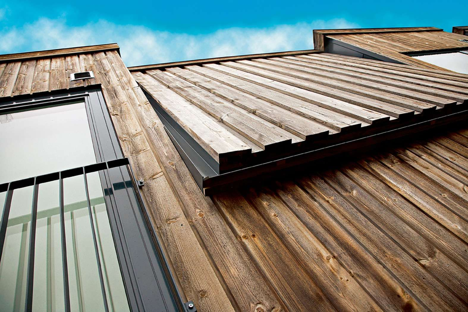 Vertical batten board cladding exterior claddings for Exterior board
