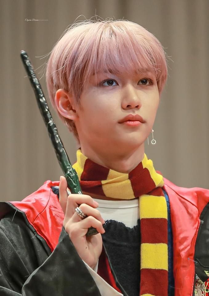 My Boy Looking Like A Whole Gryffindor Lets Get It Potter Heads Felix Stray Kids Felix Kid Memes