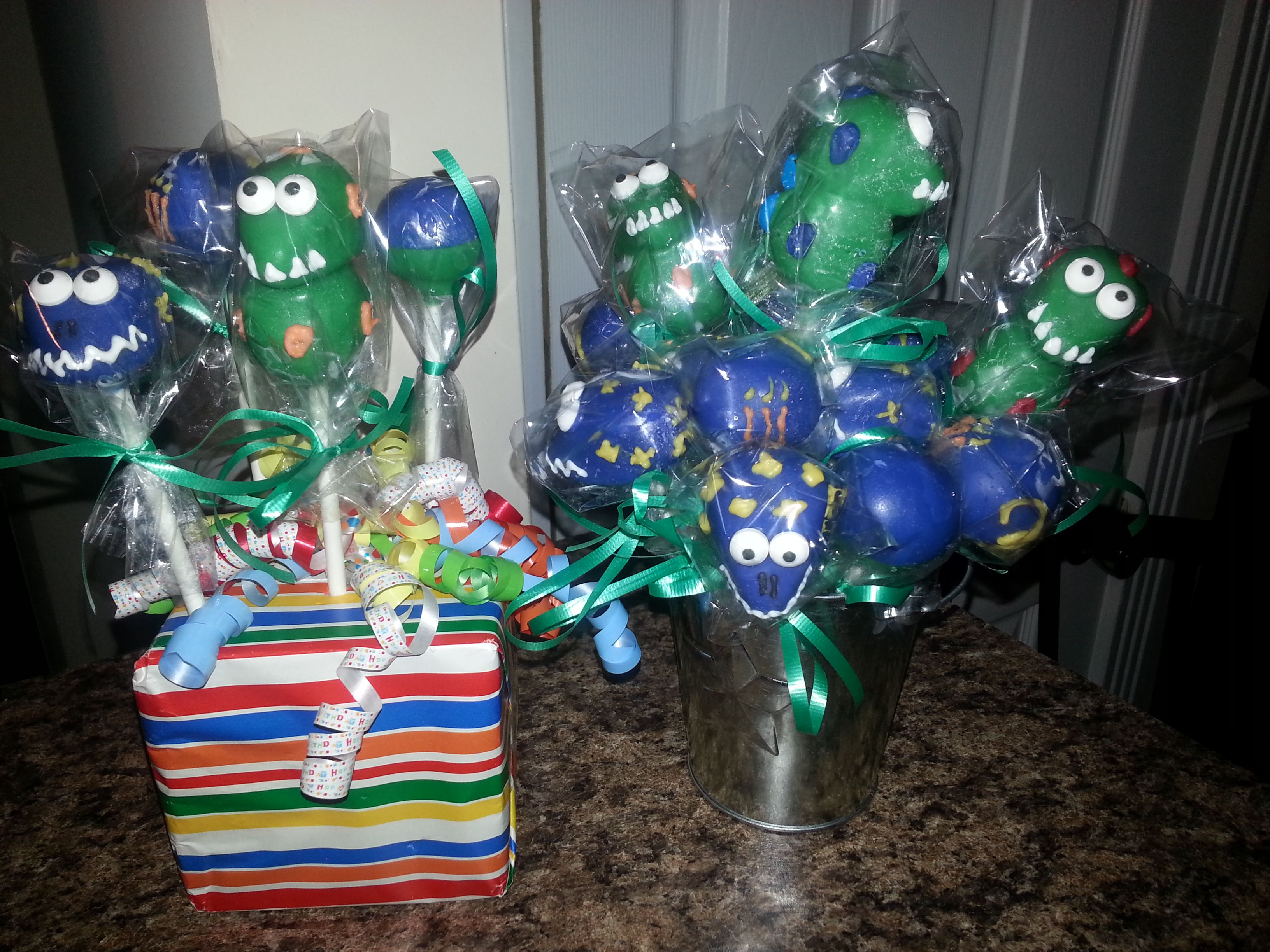 Dinosaur CakePops for a 3 year old boy birthday party Simple