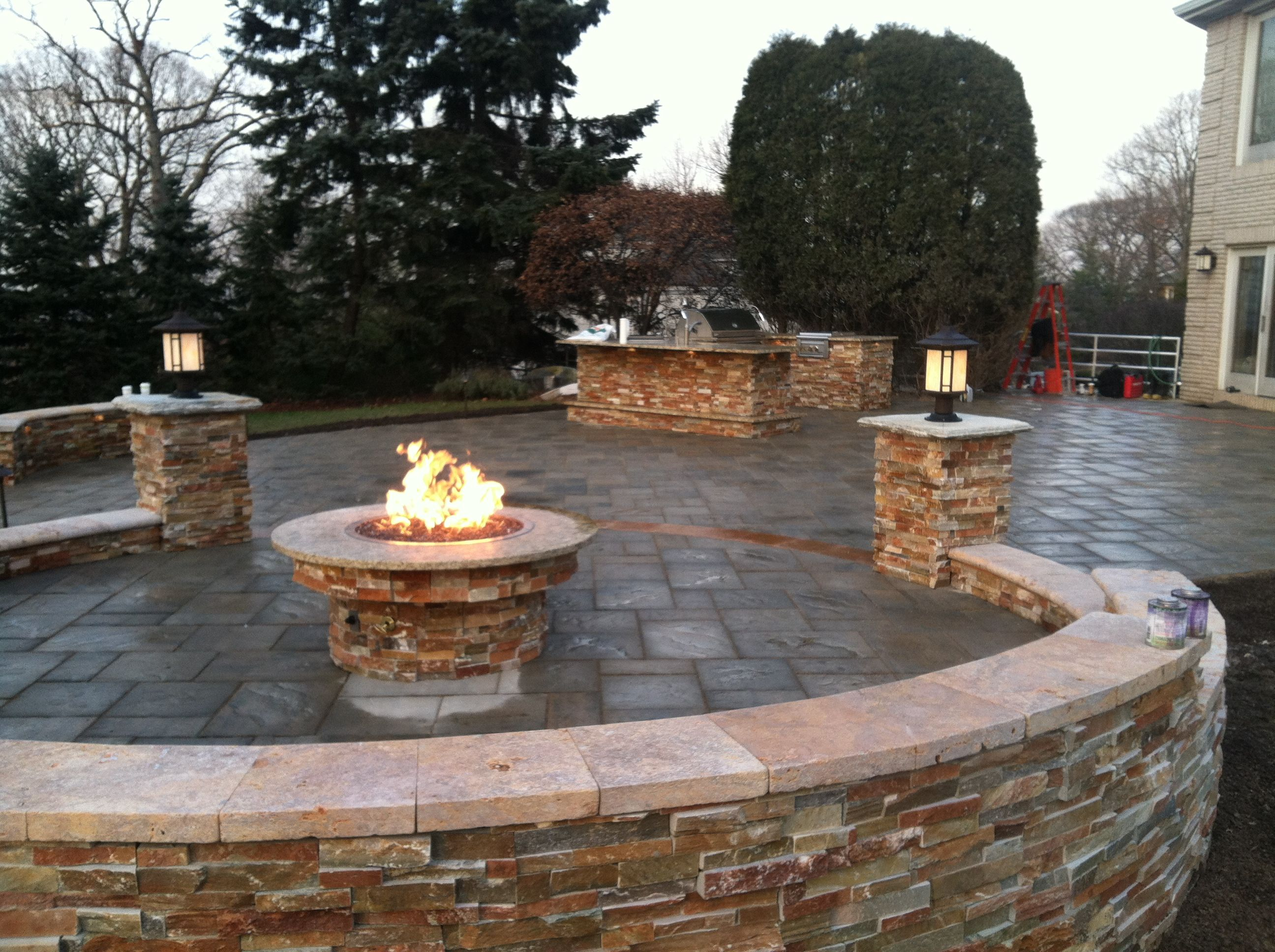 Awesome Unilock Pavers For Your Outdoor Patio Ideas: Cool ... on Unilock Patio Ideas id=36660