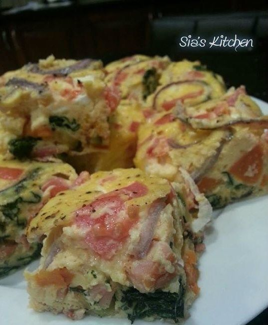 Bacon & Roast Vegetable Frittata- Who likes Frittatas? I know i do, and I found this delicious Bacon and Roast Vegetable Frittata on a friends timeline!