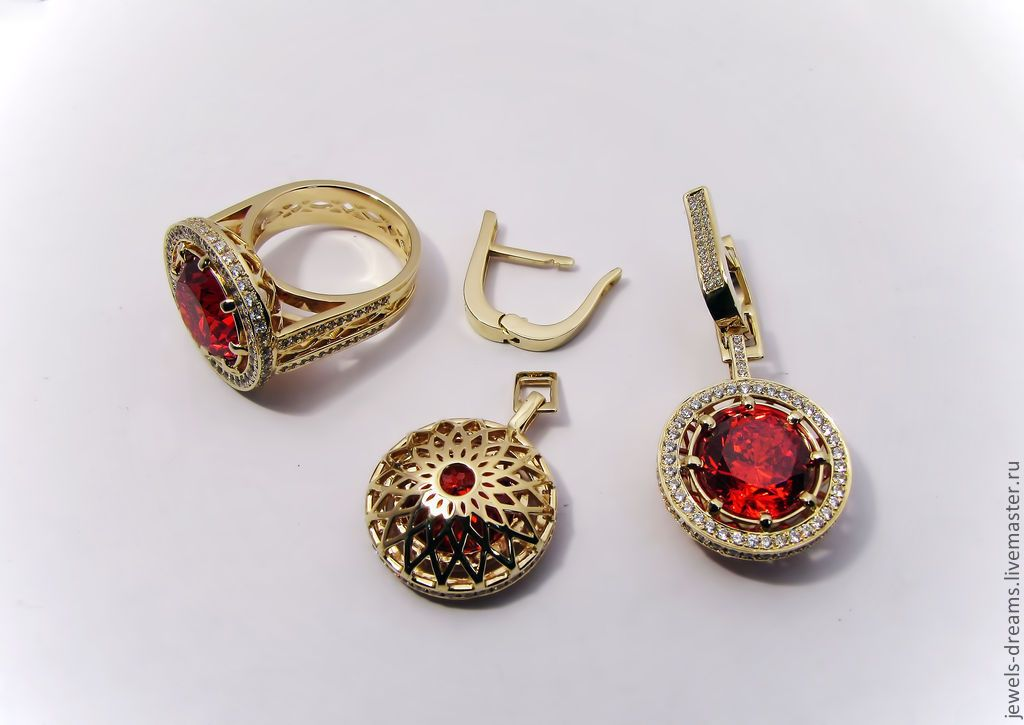 099e93025aa8 Купить Серьги и кольцо из золота