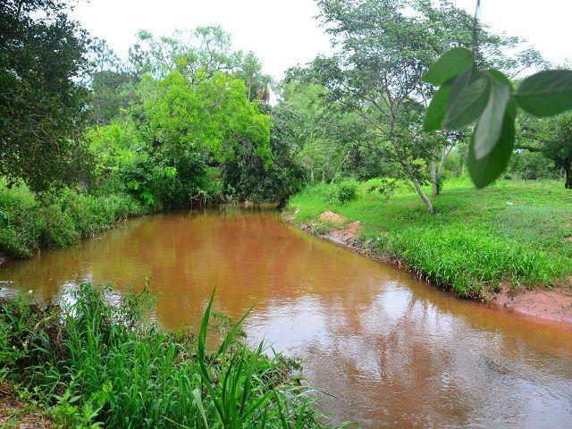 Paraguay Immobilien Einfamilienhaus direkt am Fluss