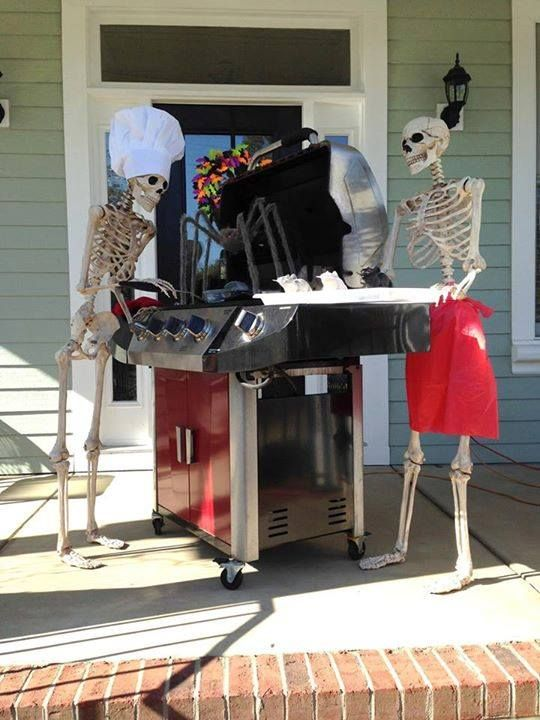 halloween house decorating ideas the baxter skeletons - Skeletons For Halloween Decorations