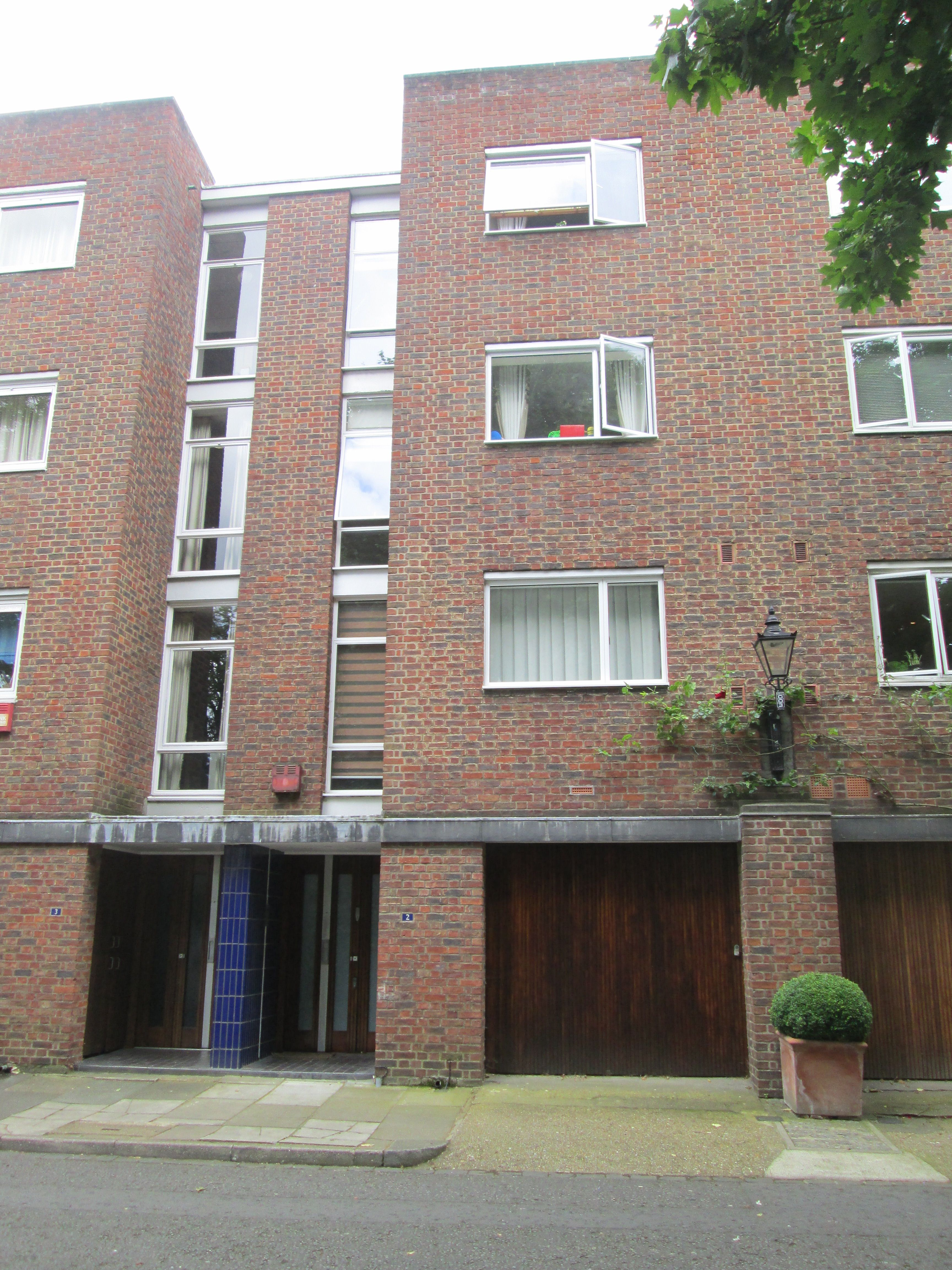 The Home Of The Jam Singer Paul Weller In 1996