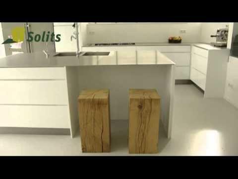 Eichenholz Sockel von Solits, massiv holz. Produktvideo. Holzwürfel, Säule, Stehle. www.sockelundsaeulen.de