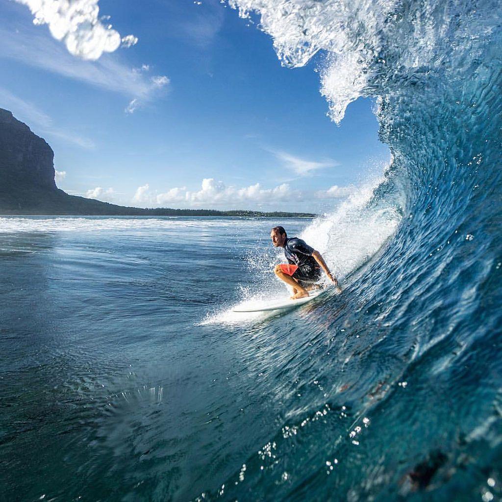 « Vague à lâme », une plongée dans les coulisses du surf