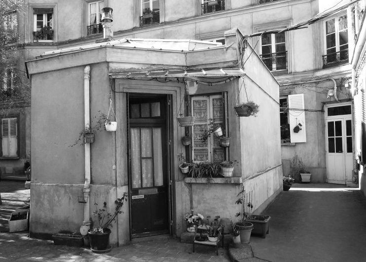 loge de concierge quartier de la goutte d 39 or paris france pinterest concierge and france. Black Bedroom Furniture Sets. Home Design Ideas