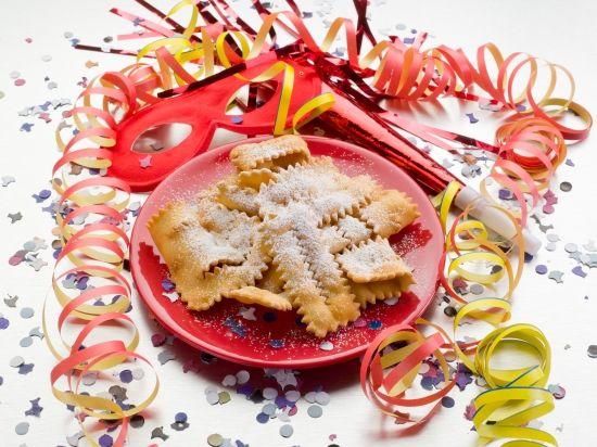 Carnevale!! #poldo #cioccolato #pasticceria #cioccolateria #inverno #freddo #bugie #chiacchiere