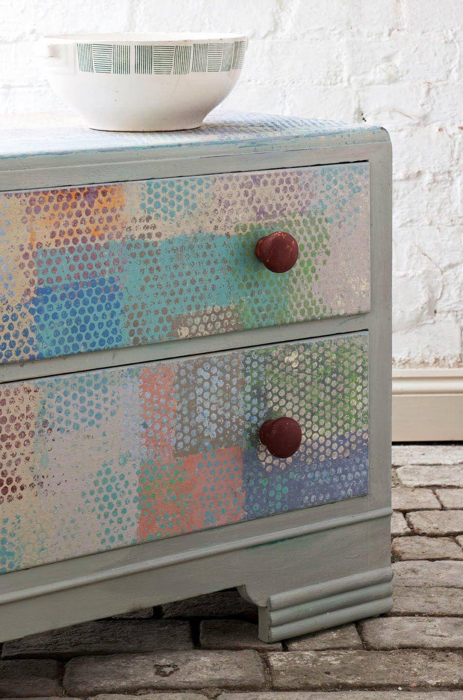 Una muy interesante textura con las pinturas de Annie Sloan • Paint & Colour