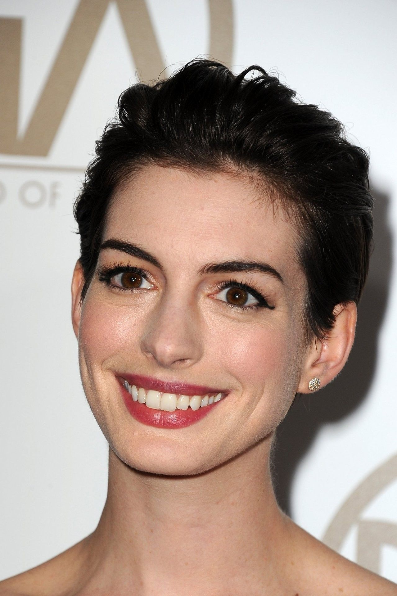 Pin by Supaporn Juwaree on Anne Hathaway in 2019 Anne