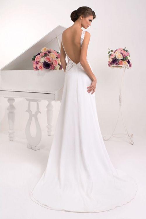 047860444714 Úzke svadobné šaty na predaj s odhaleným chrbátom