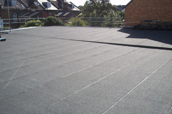 Many Homeowners Who Are Considering Replacement For Their Flat Roofing Have This Common Dile Flat Roof Replacement Commercial Roofing Systems Roof Installation