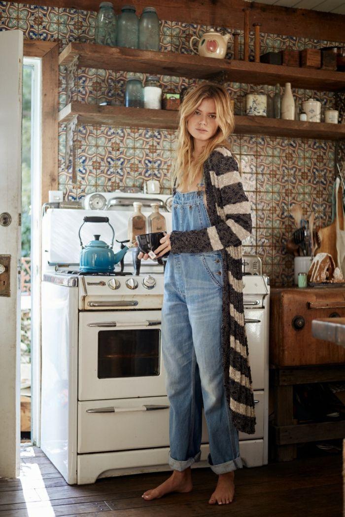 Gilet longue chaude femme tenue hippie chic hiver, femme moderne effortless look, choisir le style