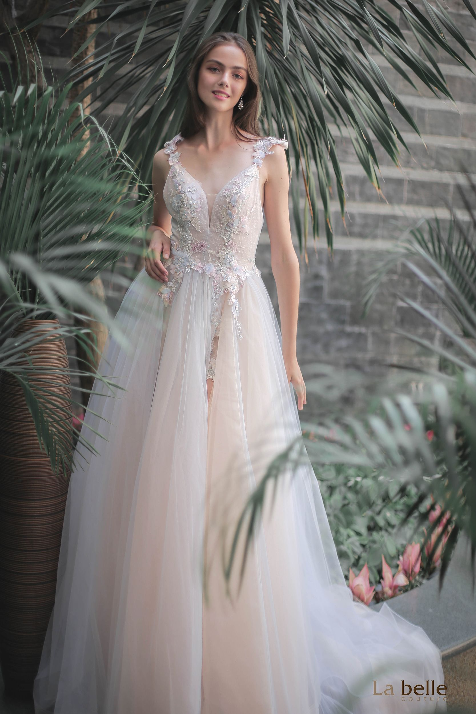 Our featured gown this time is an alluring piece from our
